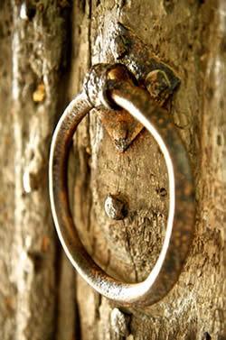 door_knocker